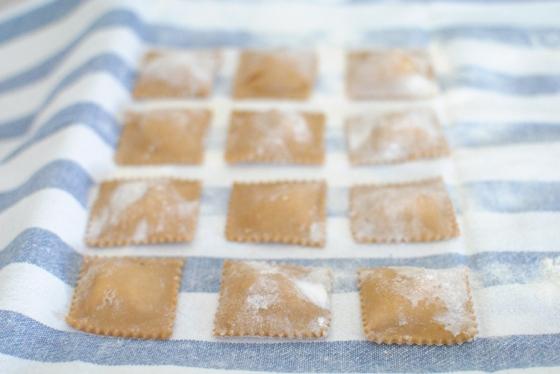 ravioli castagne crudi