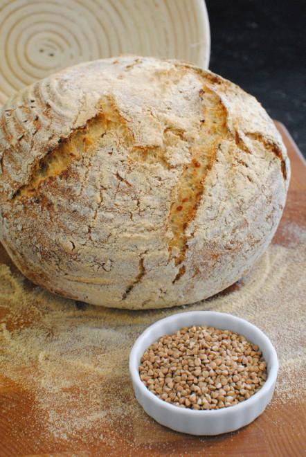pane grano saraceno chicchi 2