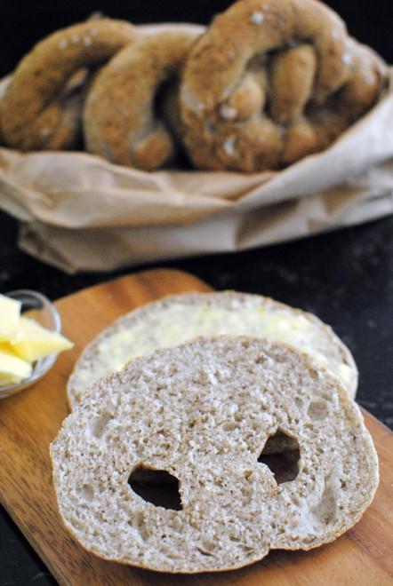 buckwheat bretzel, bretzel al grano saraceno 2