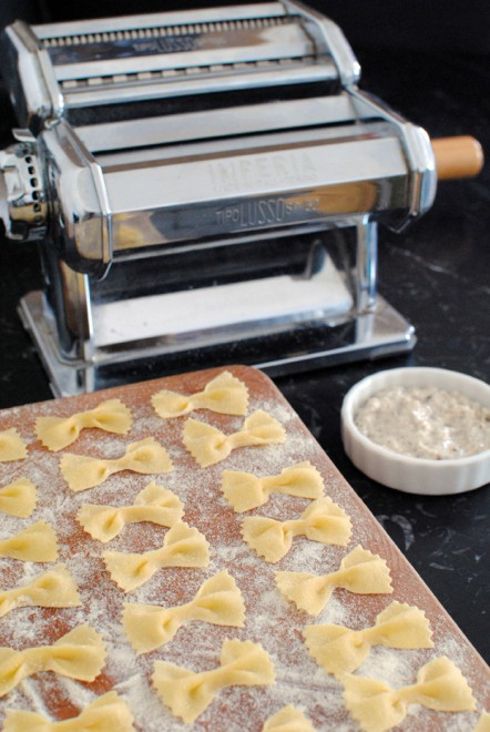 farfalle pasta with semolina and wheat flour, farfalle semola e frumento 2