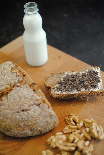 Chestnuts Flour and Walnut Bread - Pane alla farina di castagne e noci 1