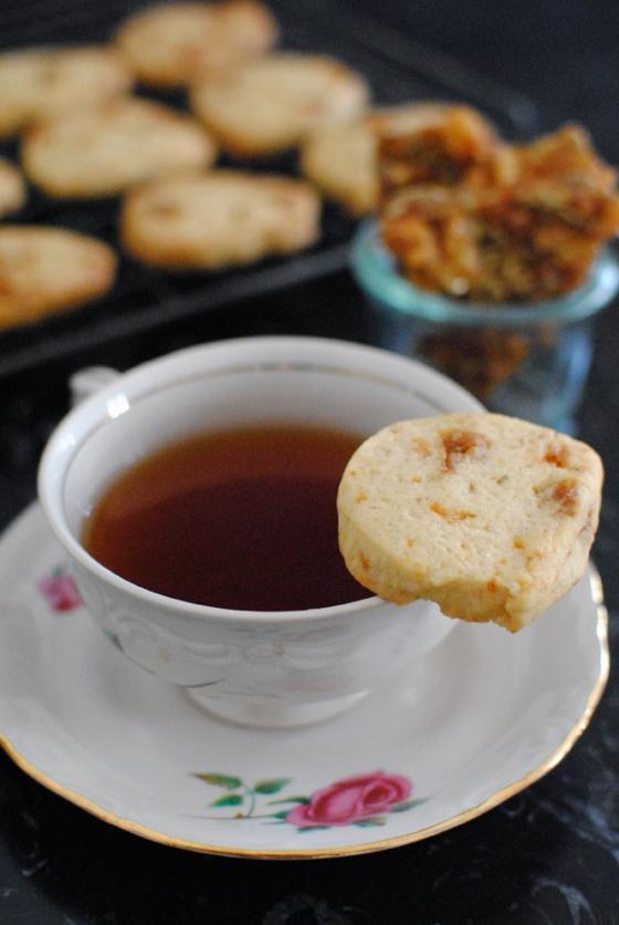 Biscotti al croccante di pane raffermo e semi di finocchio 2