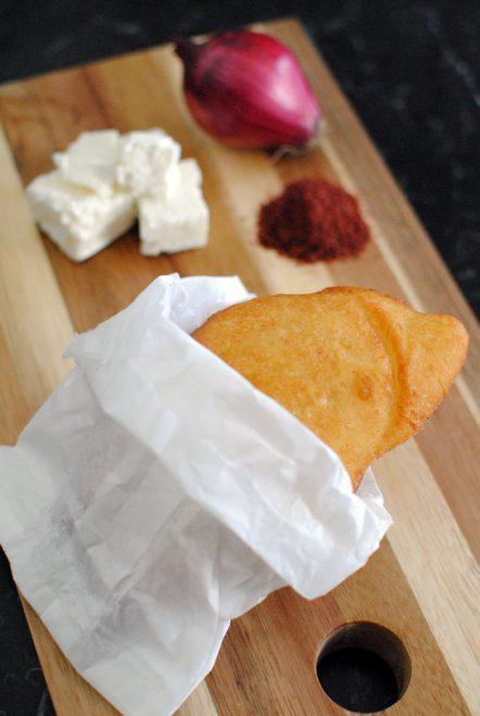 panzerotto-feta-cipolla-tropea-sumac-2